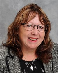 Councillor Elaine Lynch